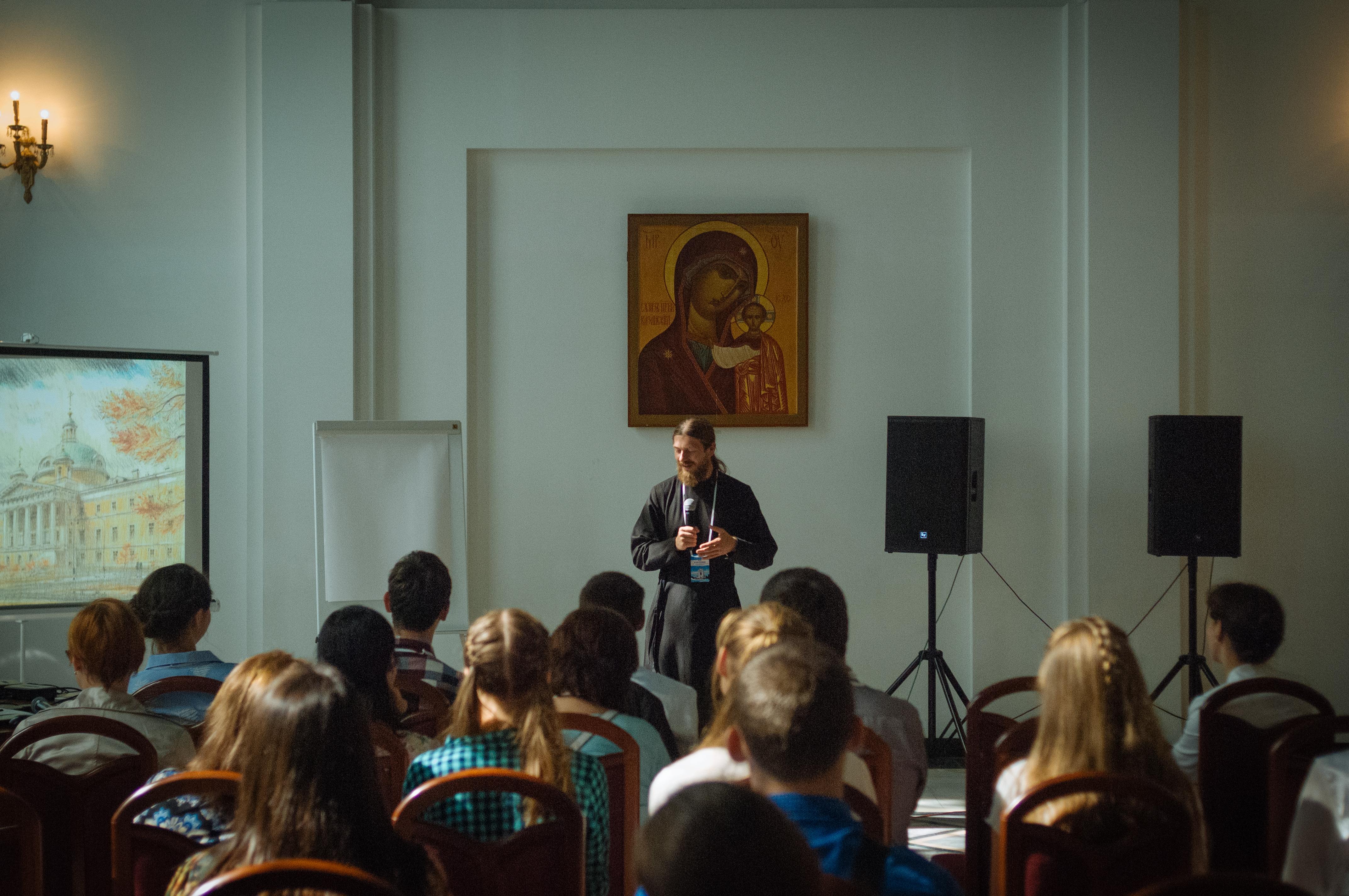 Представитель Синодального отдела принял участие в первом съезде православных добровольцев Калининградской епархии