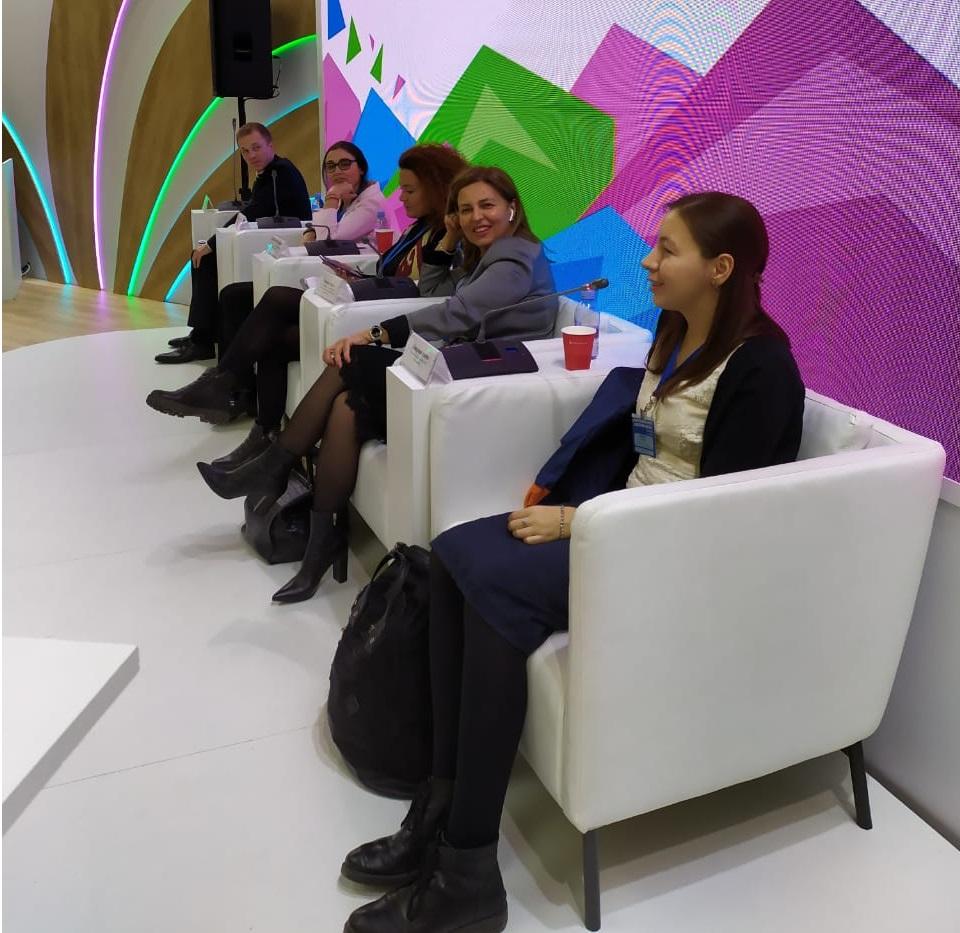 На Всероссийском форуме по общественному здоровью эксперты Минздрава и службы «Милосердие» обсудили активное долголетие