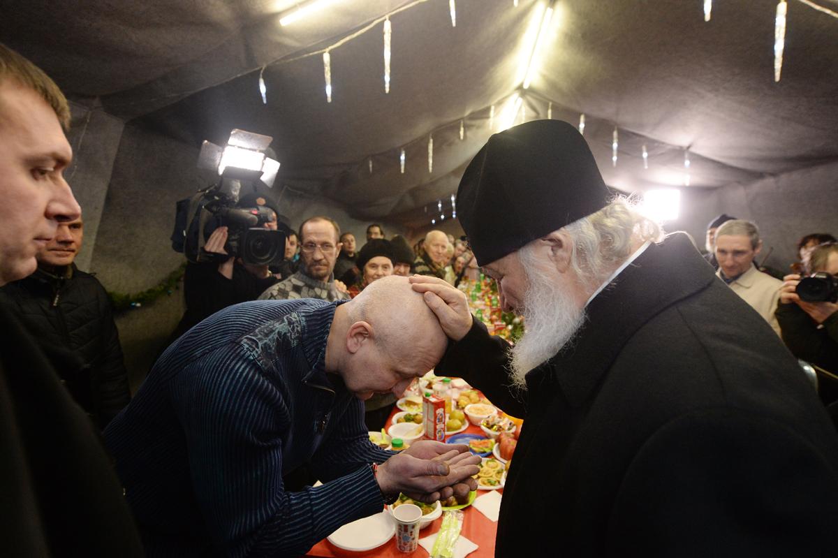 Епископ Пантелеимон: Став Патриархом, свою первую Пасху Предстоятель провел с бездомными