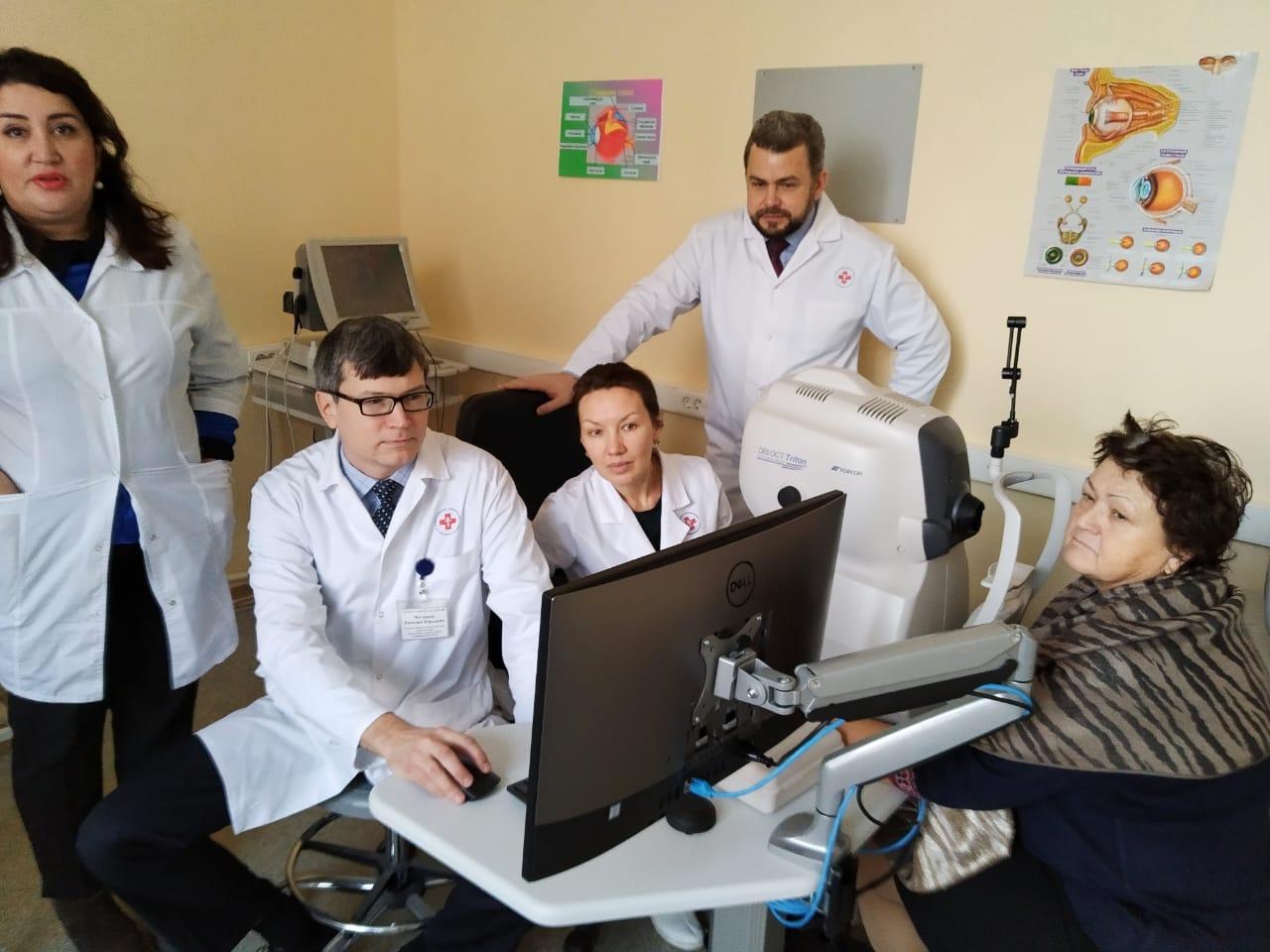 Священники Москвы в честь дня рождения Предстоятеля подарили новое оборудование для церковной больницы
