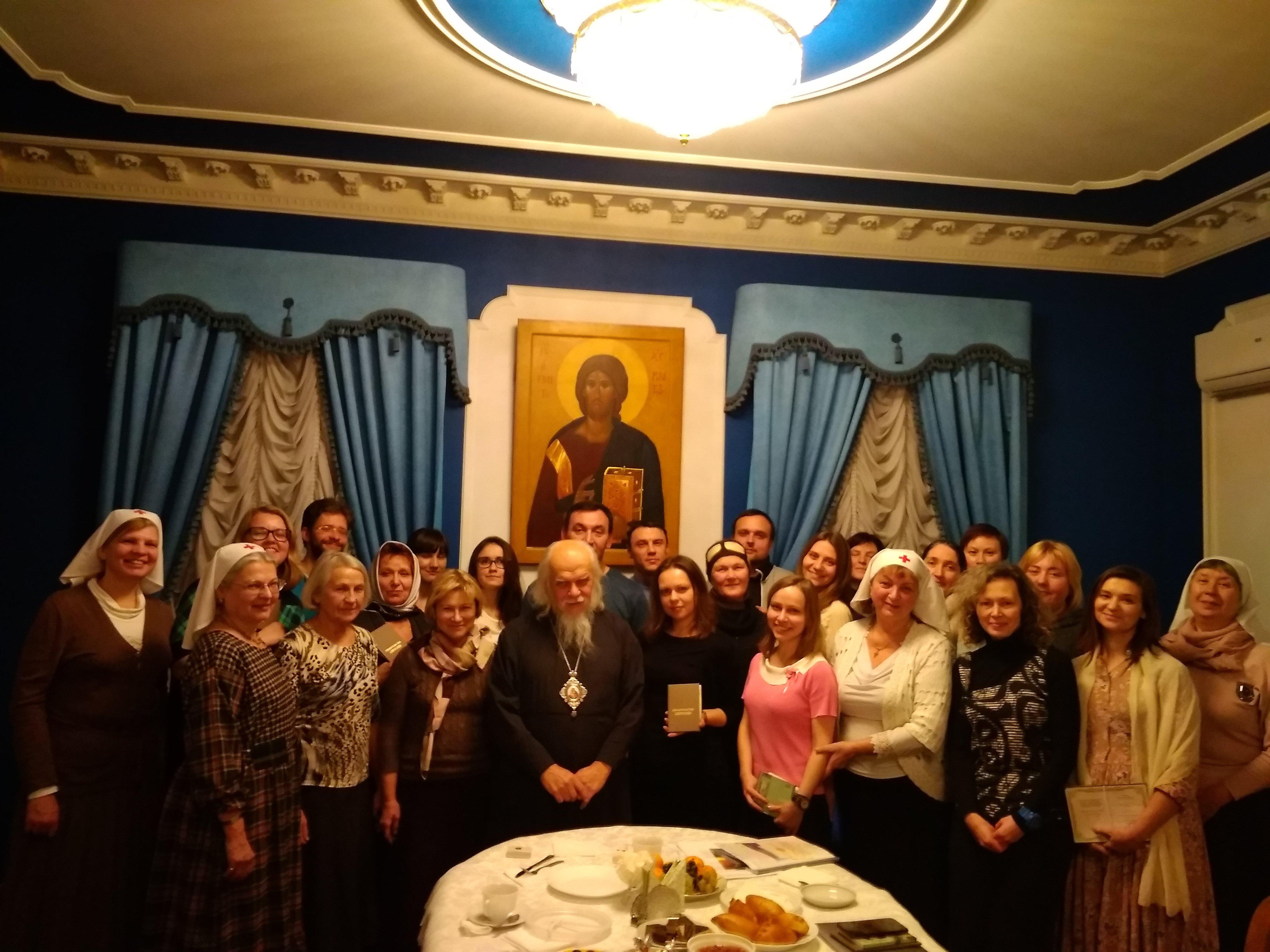 В Москве завершились курсы по уходу за тяжелобольными людьми