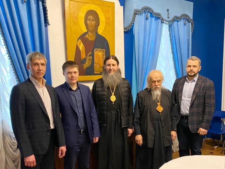 Развитие социальных проектов Курганской епархии обсудили в Синодальном отделе по благотворительности