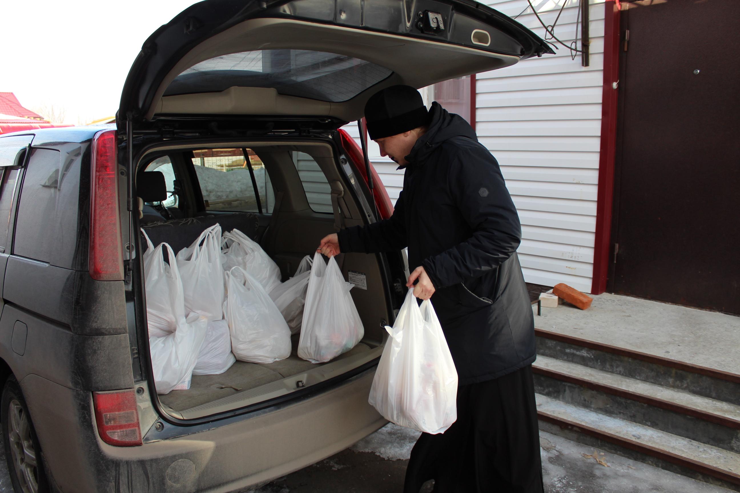 В Алтайском крае православные добровольцы оказывают помощь людям на самоизоляции