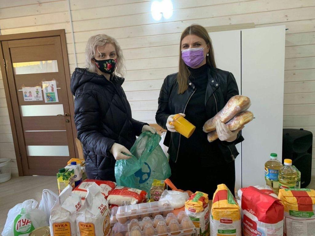 В Крыму открыты горячие линии помощи нуждающимся