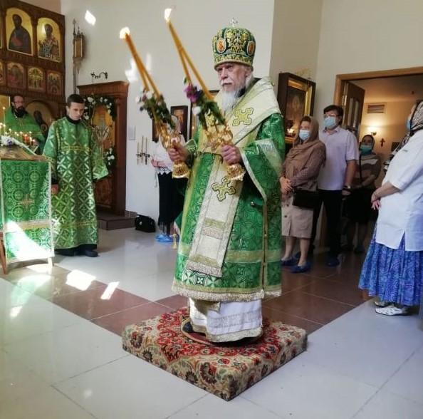 Епископ Пантелеимон возглавил совершение Литургии в домовом храме Научного центра имени А.Н. Бакулева