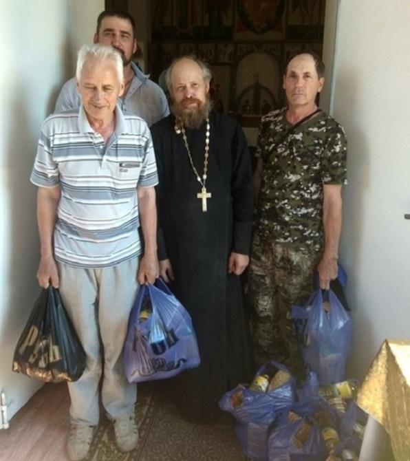 В Отрадненской епархии раздали 240 продуктовых наборов многодетным и малоимущим семьям