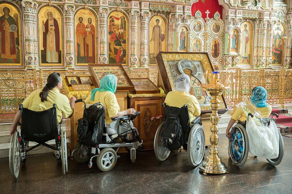 В ПСТГУ открыт набор на курсы по оказанию помощи маломобильным людям
