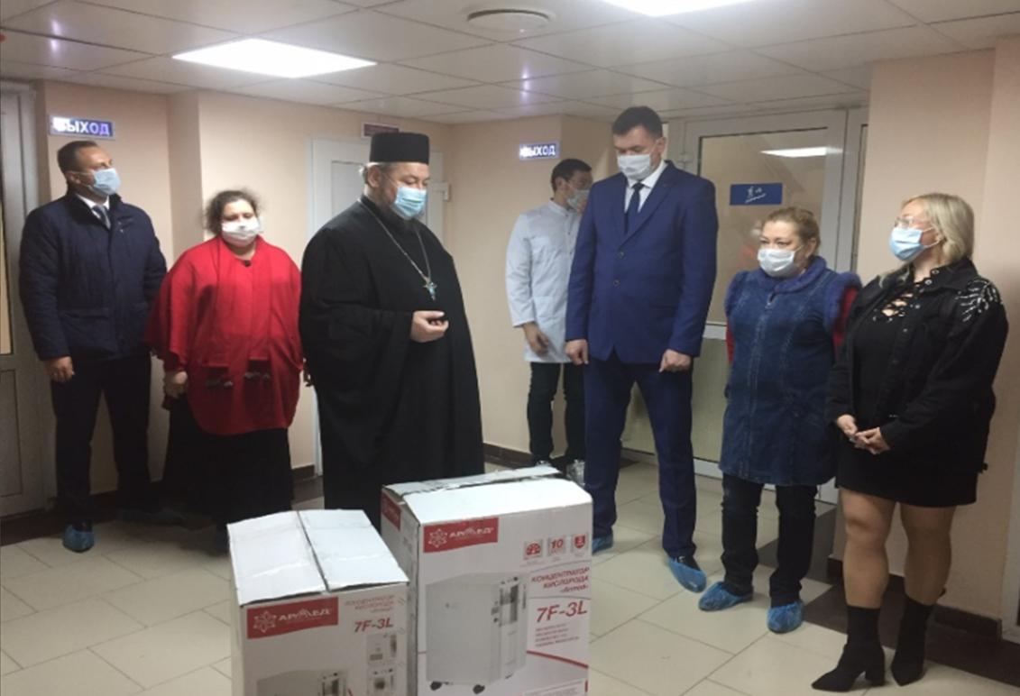 Передача кислородных концентраторов COVID-госпиталю Новочеркасска