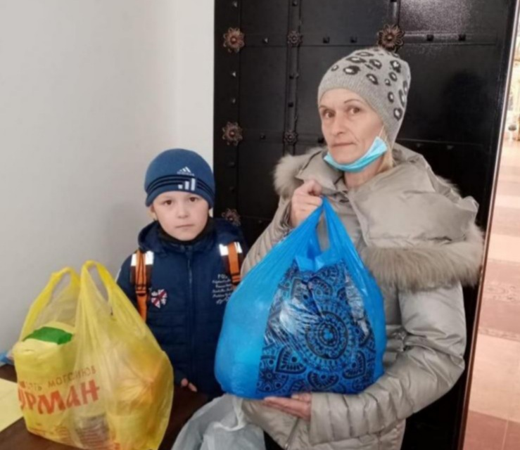Получившие продуктовую помощь в Бирской епархии