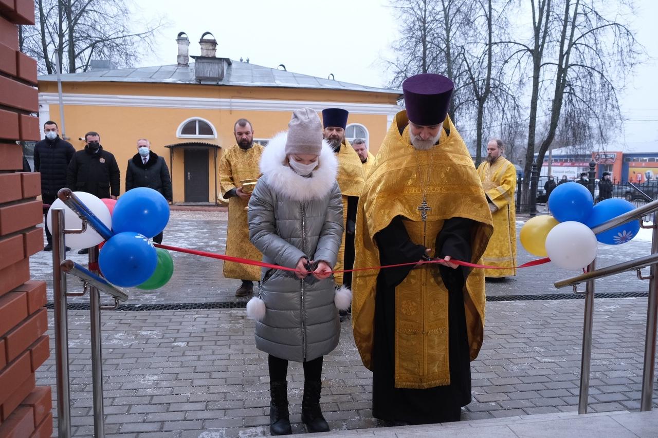 Открытие центра поддержки семьи в Окуловке