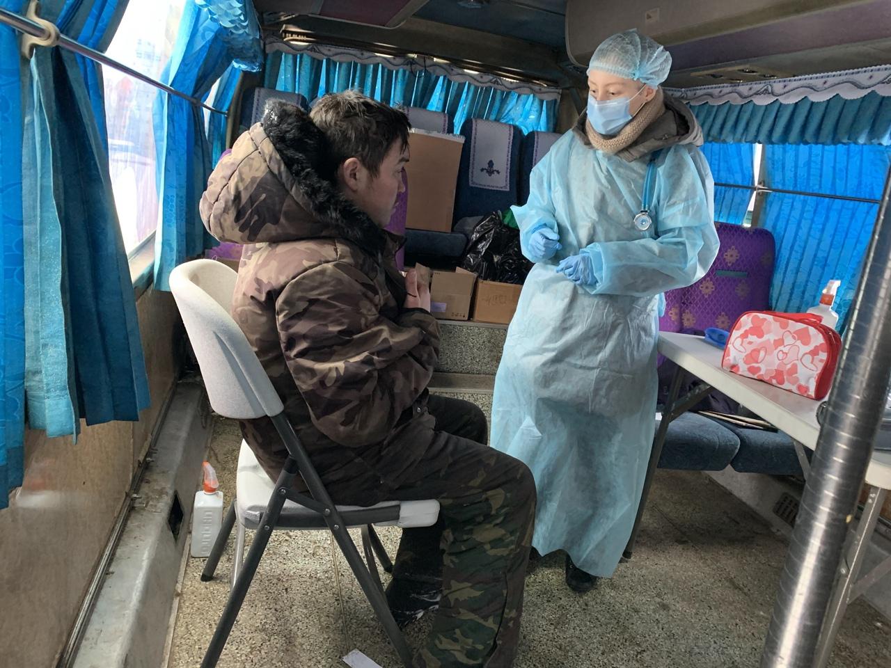 Помощь бездомным в «Автобусе милосердия» в Уфе