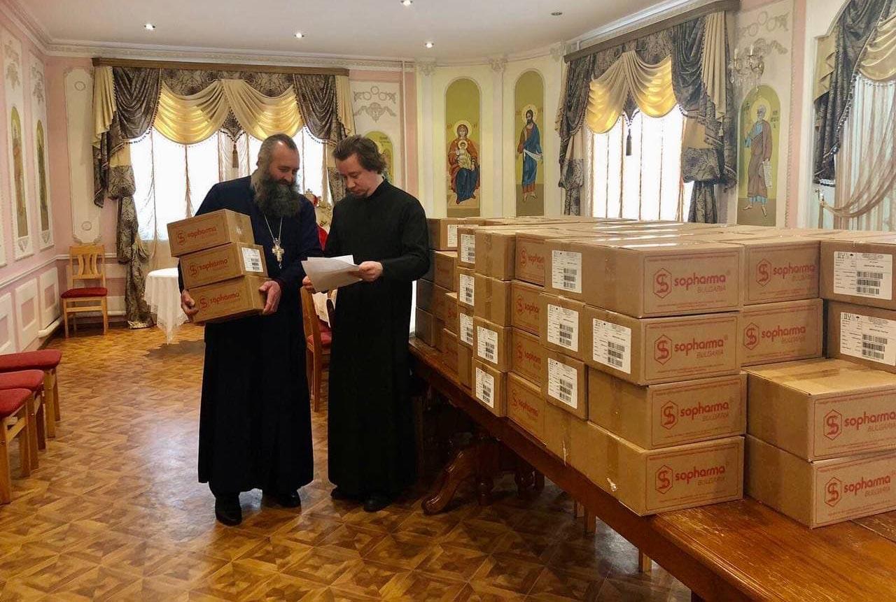 Противопростудные препараты для медицинских учреждений, закупленные Черкасской епархией