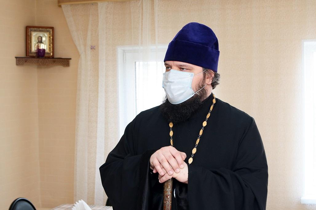 Епископ Борисоглебский и Бутурлиновский Сергий на открытии благотворительной столовой