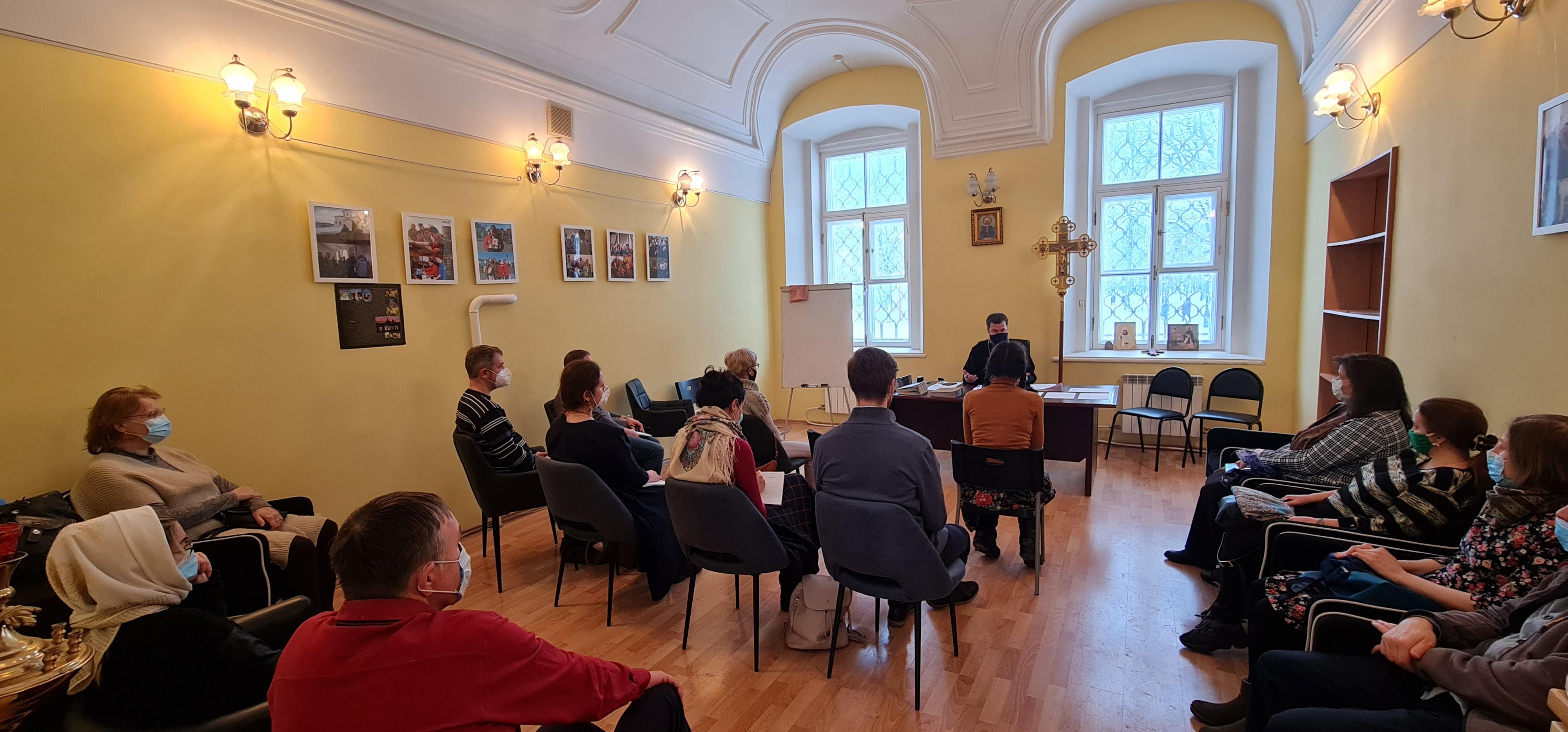 Шестой выпуск православной школы приемных родителей «Умиление» в Санкт-Петербурге