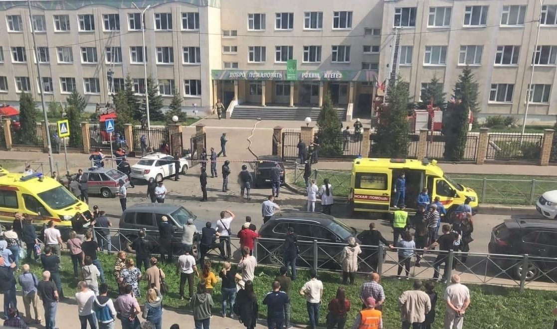 В Казани епархия помогает семьям погибших и пострадавшим в результате трагедии в школе