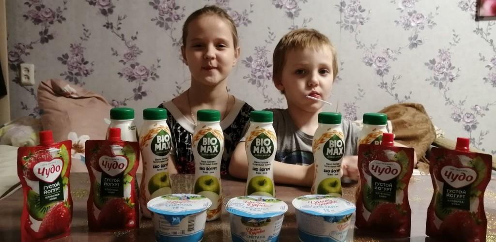 Передача молочной продукции нуждающимся семьям в Нижегородской епархии