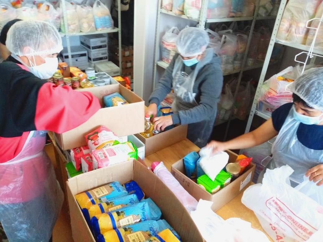 Формирование продуктовых наборов для нуждающихся в Улан-Удэнской епархии