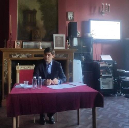 Заместитель министра по труду и социальной защиты Москвы Павел Келлер на встрече с сестрами милосердия