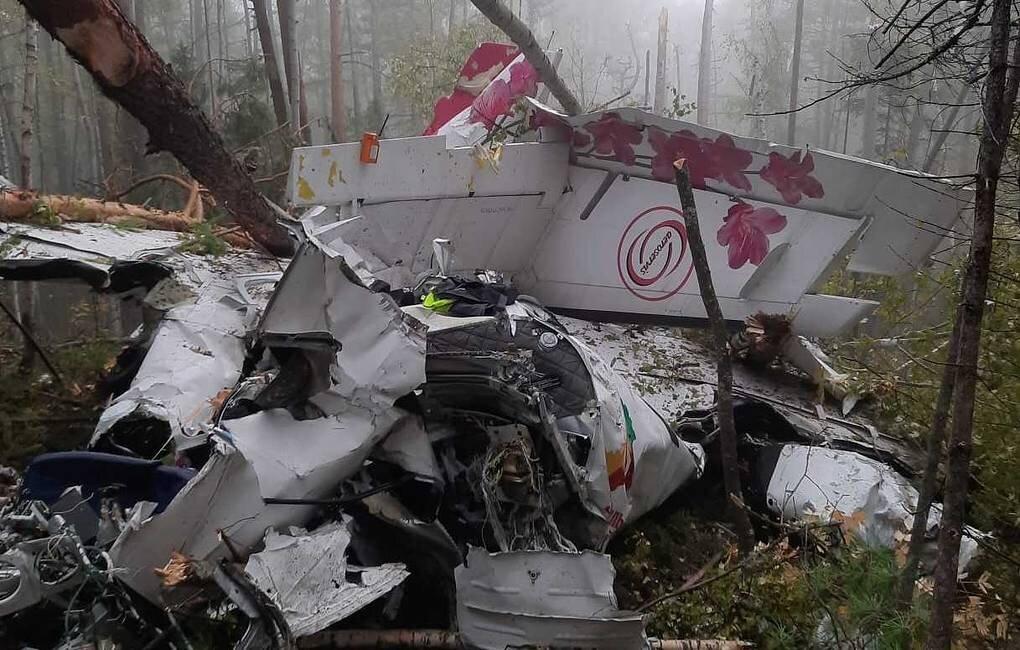 Священник посетил пострадавших при падении самолета в Иркутской области