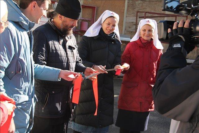 Открытие церковного центра гуманитарной помощи в Екатеринбурге